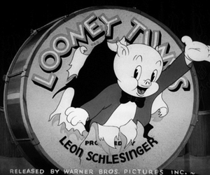 black and white, looney tunes, and porky pig image