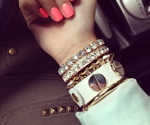 arm candy, fashion, and Hot image