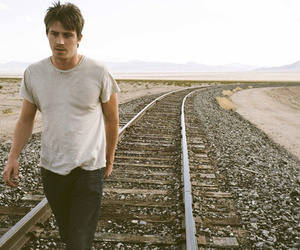 garrett hedlund and on the road image
