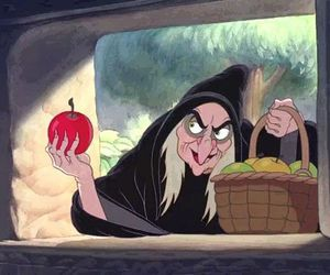 bruxa, fruta, and maca image