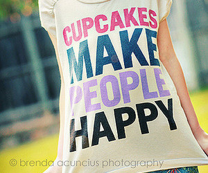 cupcake and t-shirt image