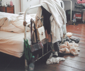bed, vintage, and room image