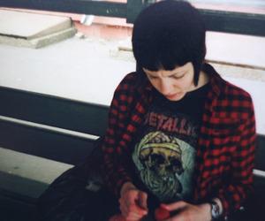 girl, metallica, and grunge image