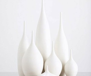 soft and pottery white image