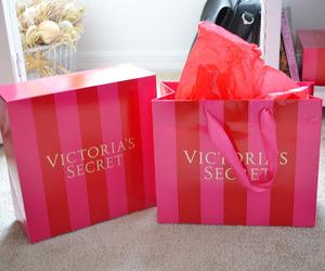 bags, box, and Victoria's Secret image