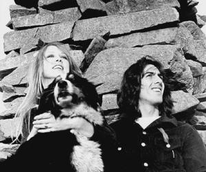 pattie boyd, couple, and george harrison image
