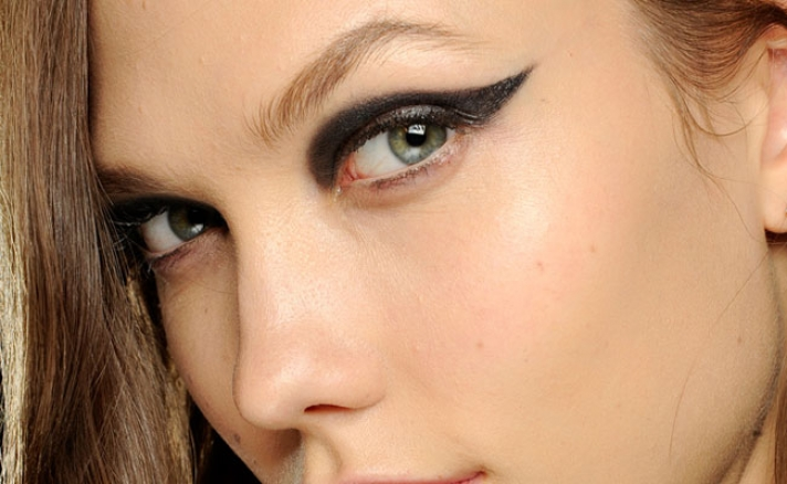 trends fall 2012, makeup trends fall 2012, and eyeliner trend image