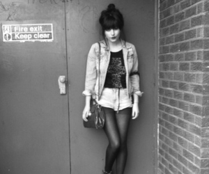 girl, black and white, and grunge image
