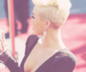 miley cyrus, miley, and hair image