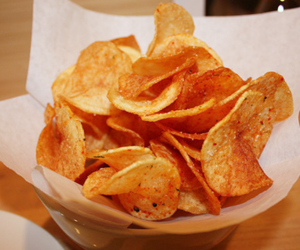 food, chips, and yummy image