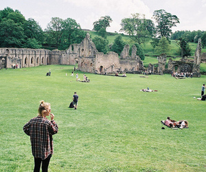 architecture, green, and peoples image