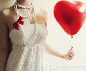 girl, heart, and pearls image