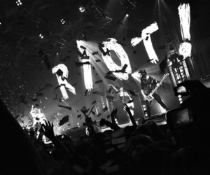 paramore and riot image