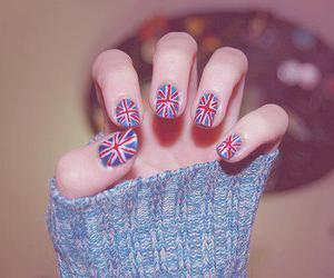 nails and england image