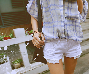 fashion, shorts, and plaid image