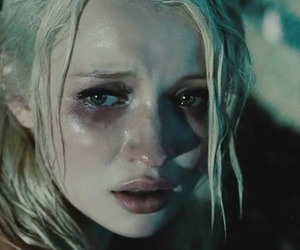emily browning and babydoll image