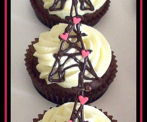 paris and cupcake image