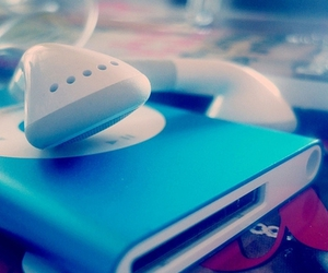 blue and ipod image