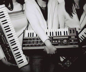 au revoir simone, keyboards, and Synths image