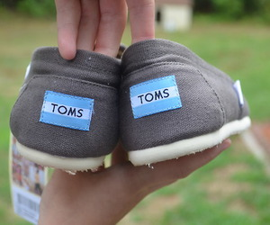 girl, shoes, and toms image