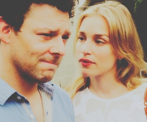 piper perabo, tv serie, and richard coyle image