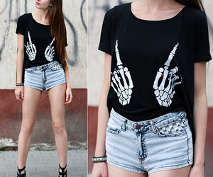 fashion, black, and t-shirt image