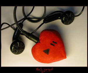 headphones and heart image