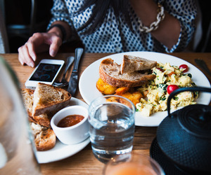 food, breakfast, and iphone image