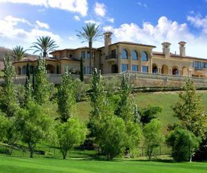 estate and luxury image