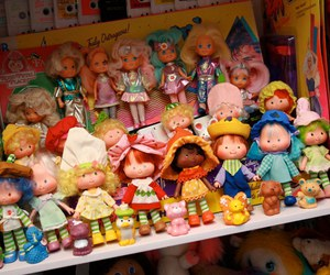 doll, strawberry shortcake, and moondreamers image
