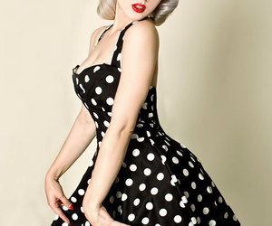 dress, vintage, and Pin Up image