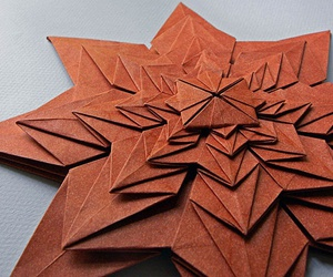 origami star image