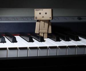 piano, danbo, and music image