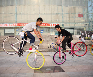 china, fixed, and fixie image