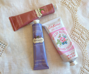 cath kidston and crabtree & evelyn image