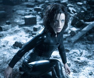Kate Beckinsale, selene, and underworld evolution image