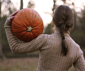 pumpkin, autumn, and girl image
