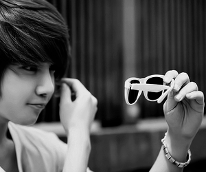 ulzzang, korean, and lee chi hoon image