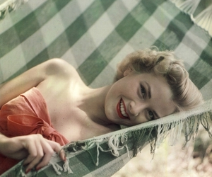 grace kelly, livelovelife, and Pin Up image