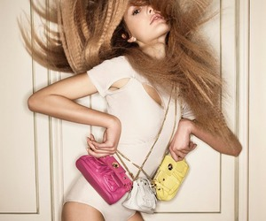 hair, purse, and model image
