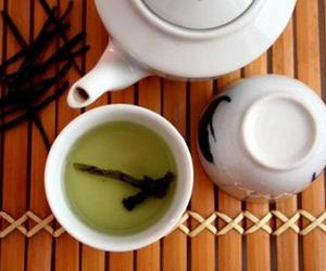 can, green tea, and tea image
