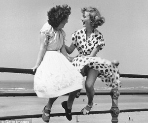 vintage and bert hardy image