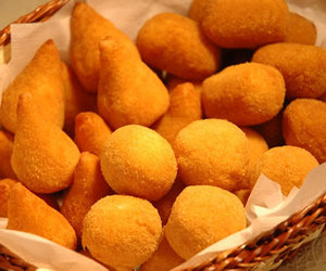 food and coxinha image