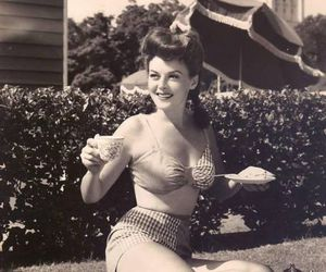Pin Up and vintage image