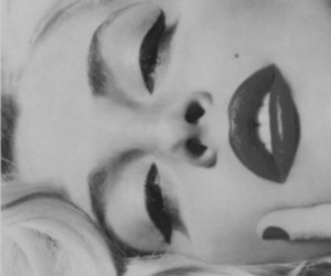 black and white, Marilyn Monroe, and blonde image