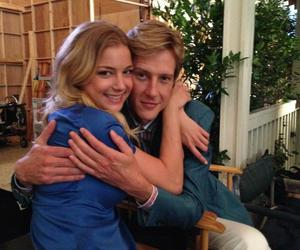 revenge, emily vancamp, and tv show image