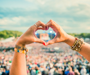Tomorrowland, love, and heart image