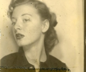 photobooth and 1940s image