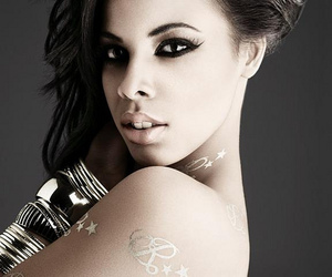 rochelle wiseman and the saturdays image