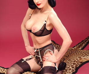 Dita von Teese, femme fatale, and Nude image